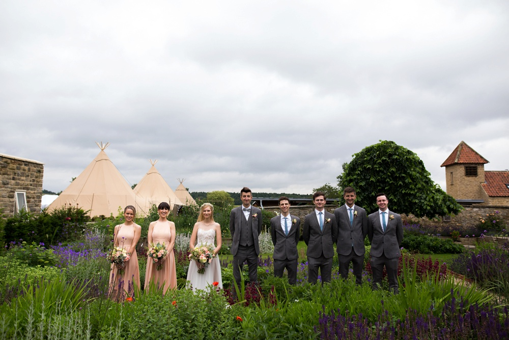 north-yorkshire-wedding-photographer-tipi-wedding-0050.jpg