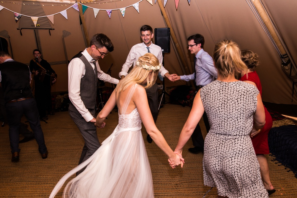 north-yorkshire-wedding-photographer-tipi-wedding-0088.jpg