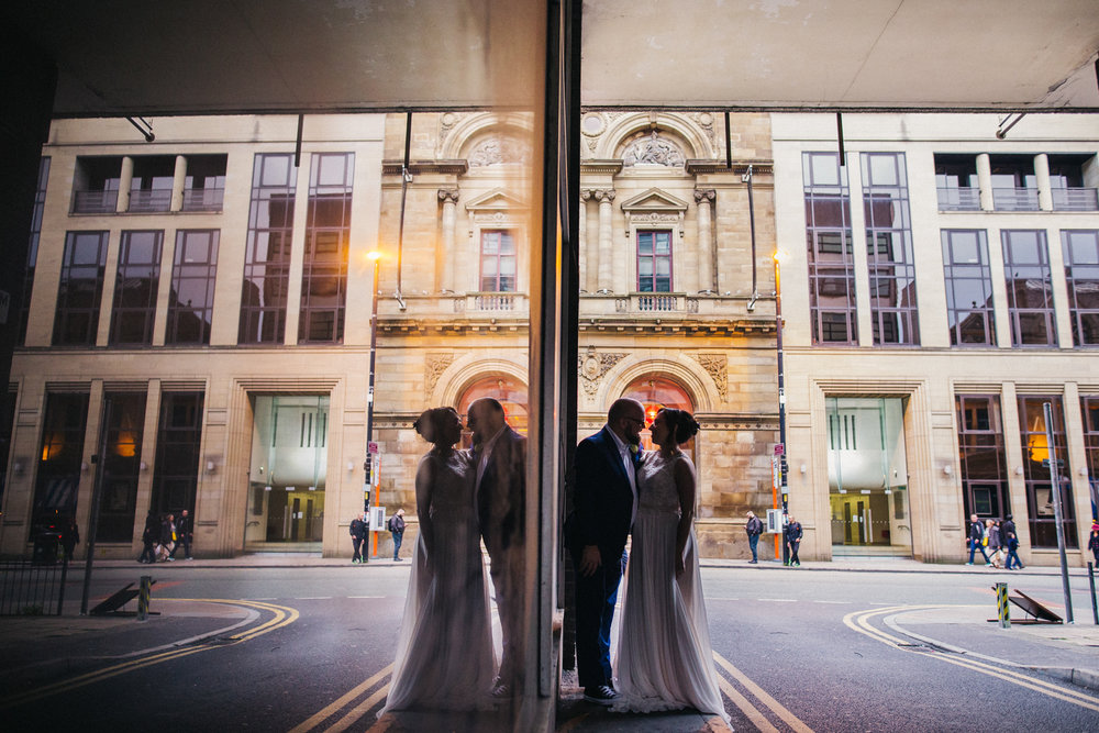 manchester-wedding-photographer-city-wedding-0065.jpg