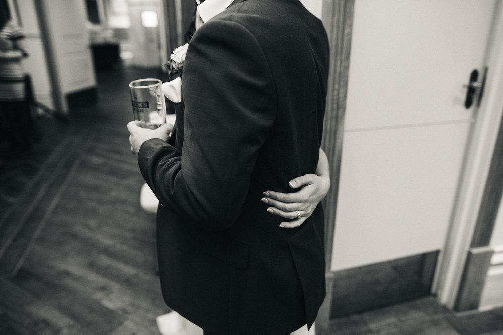 manchester-wedding-photographer-city-wedding-0070.jpg