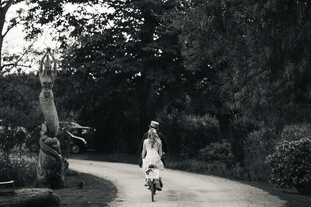 newton-hall-northumberland-wedding-cycling-bike-theme-beach-0113.jpg