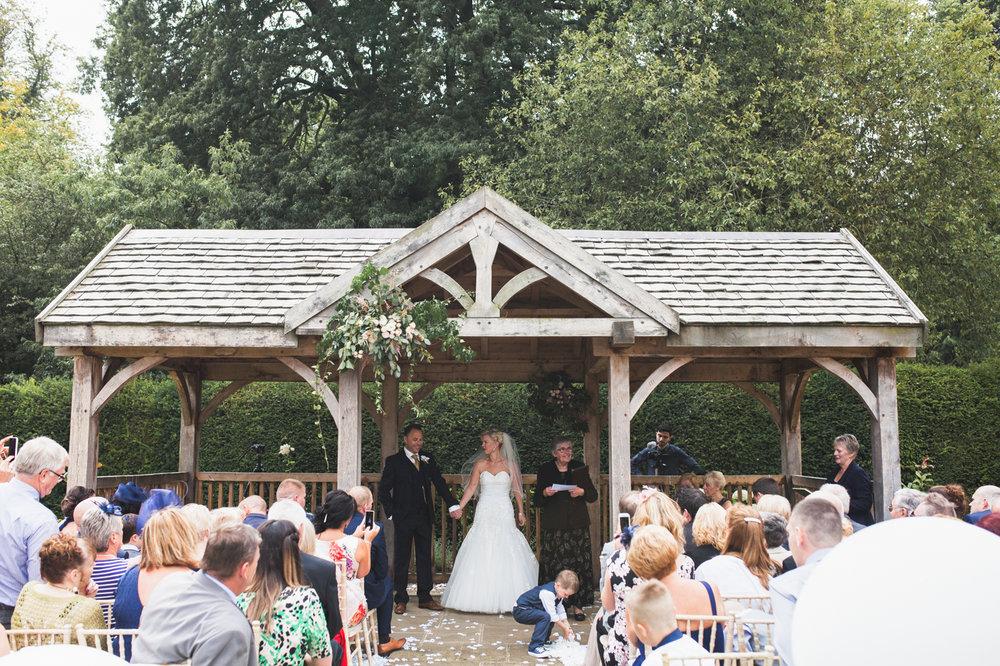 middleton-lodge-north-yorkshire-teesside-wedding-photographer-0020.jpg