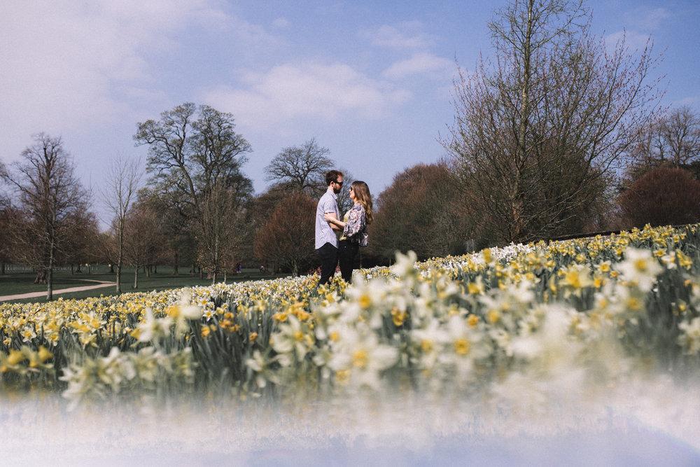 yorkshire-sculpture-park-engagement-shoot-wedding-photographer-teesside-0003.jpg