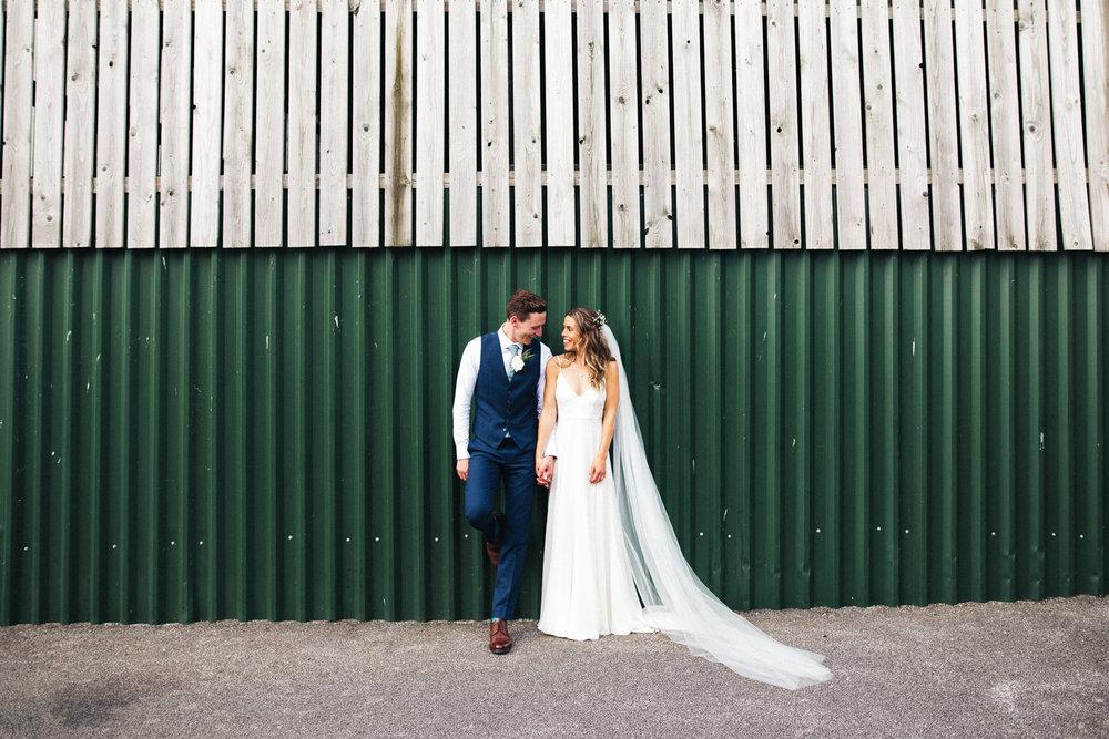 sandhole-oak-barn-wedding-cheshire-congelton-wedding-photographer-north-west-0031.jpg