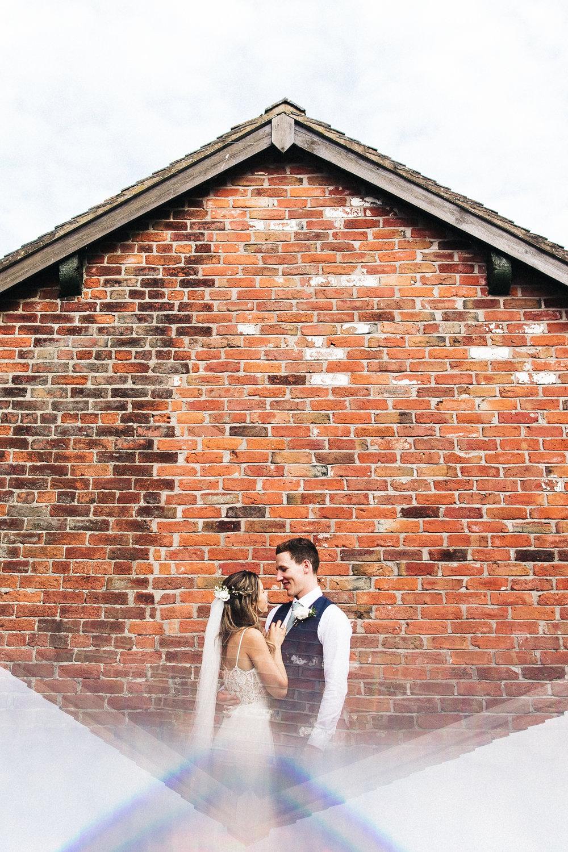 sandhole-oak-barn-wedding-cheshire-congelton-wedding-photographer-north-west-0033.jpg
