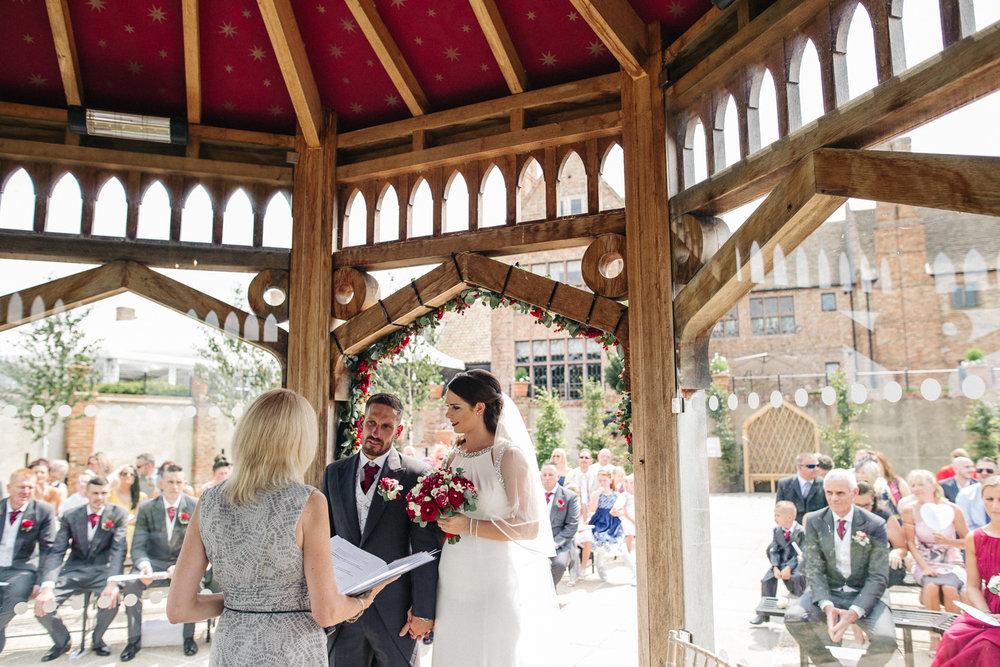 OLD-HALL-ELY-WEDDING-CAMBRIDGE-PHOTOGRAPHER-CAMBRIDGESHIRE-0016.jpg