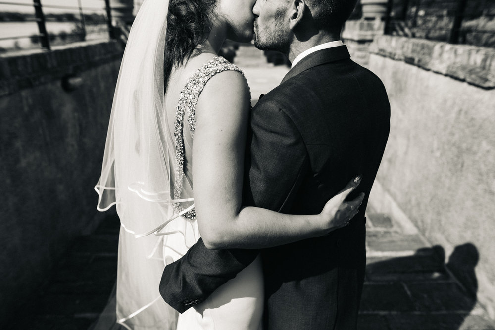 OLD-HALL-ELY-WEDDING-CAMBRIDGE-PHOTOGRAPHER-CAMBRIDGESHIRE-0023.jpg