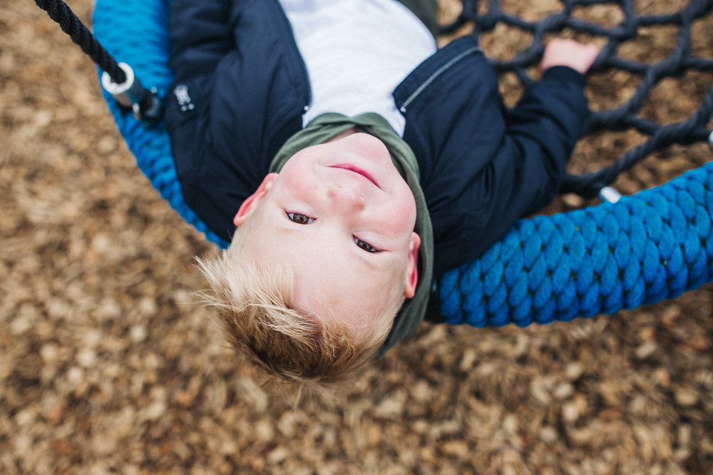 creative-family-photographer-relaxed-teesside-north-east-yorkshire-photography-0022.jpg