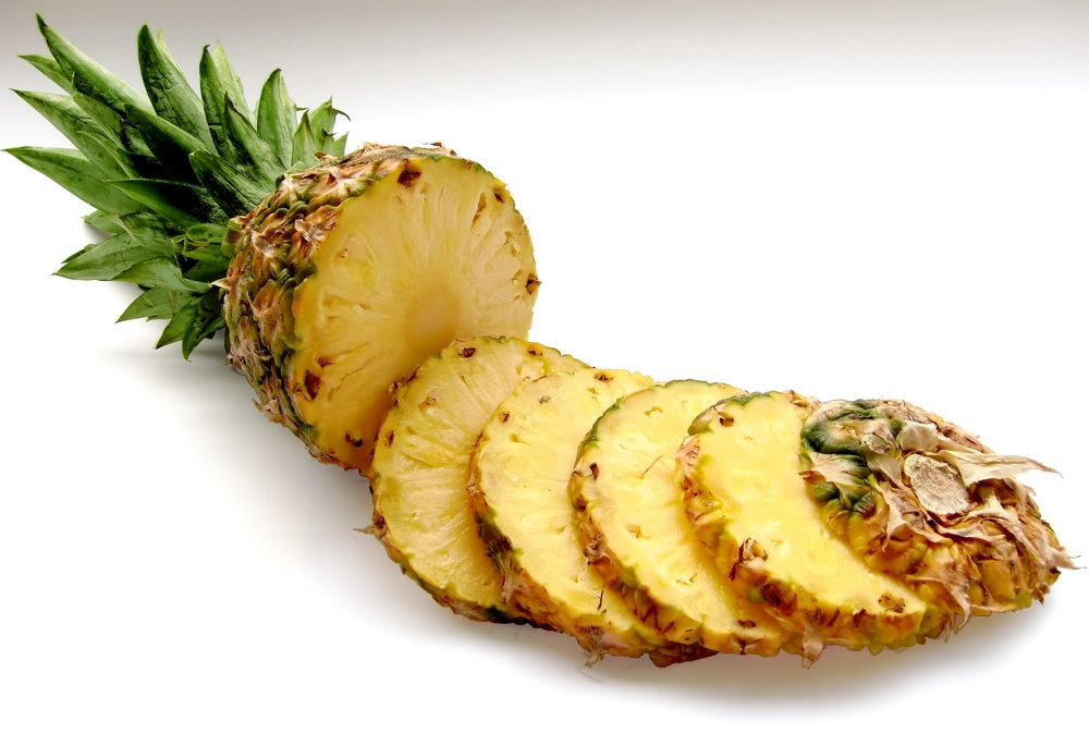 fresh pineapple sliced.jpg