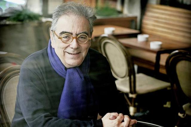 Harry Koumrouyan, au Café Remor de Plainpalais. Image: Laurent Guiraud