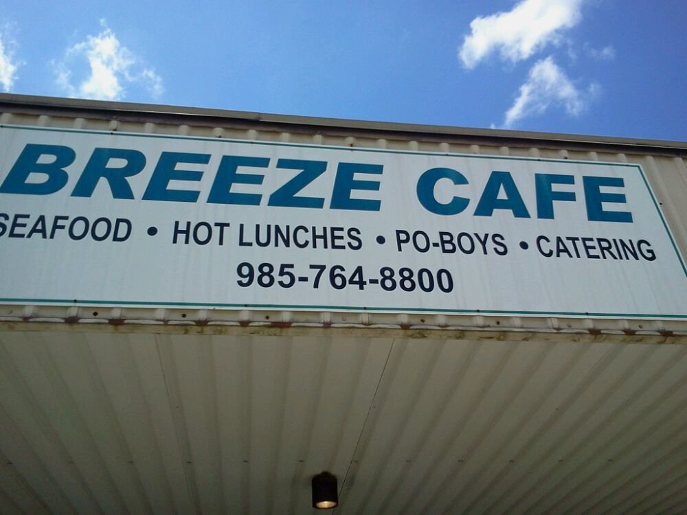 breeze-cafe-sign.png