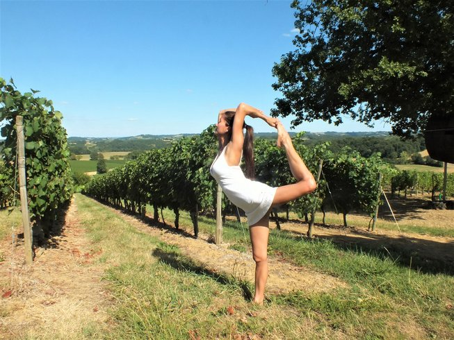 yoga-teacher-training-france.png