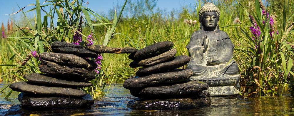 yoga-retreats.png