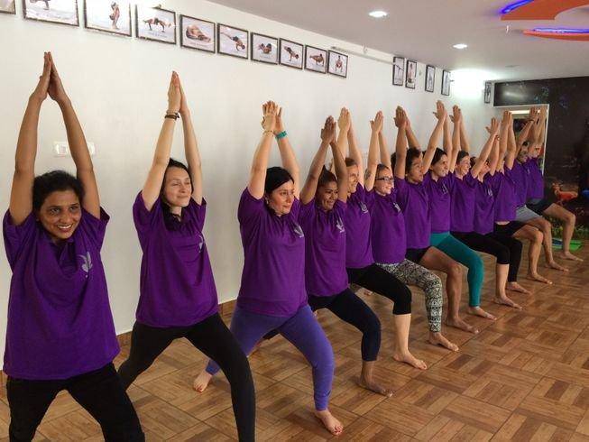 15-day-prenatal-yoga-retreat-india.png