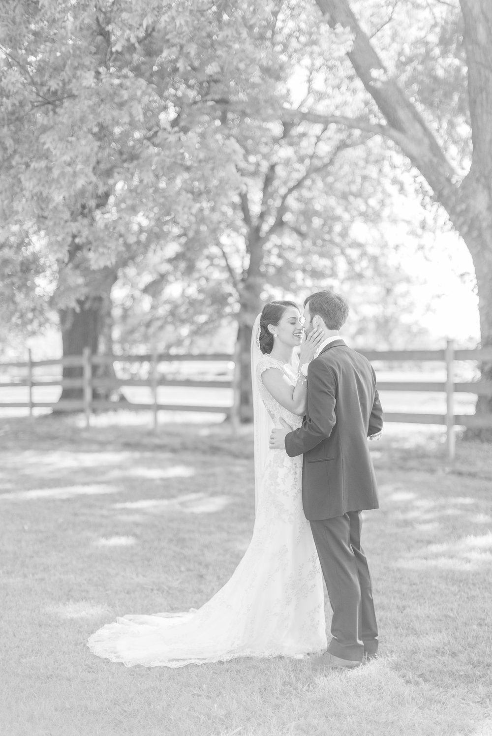 southern-barn-wedding 25.jpg