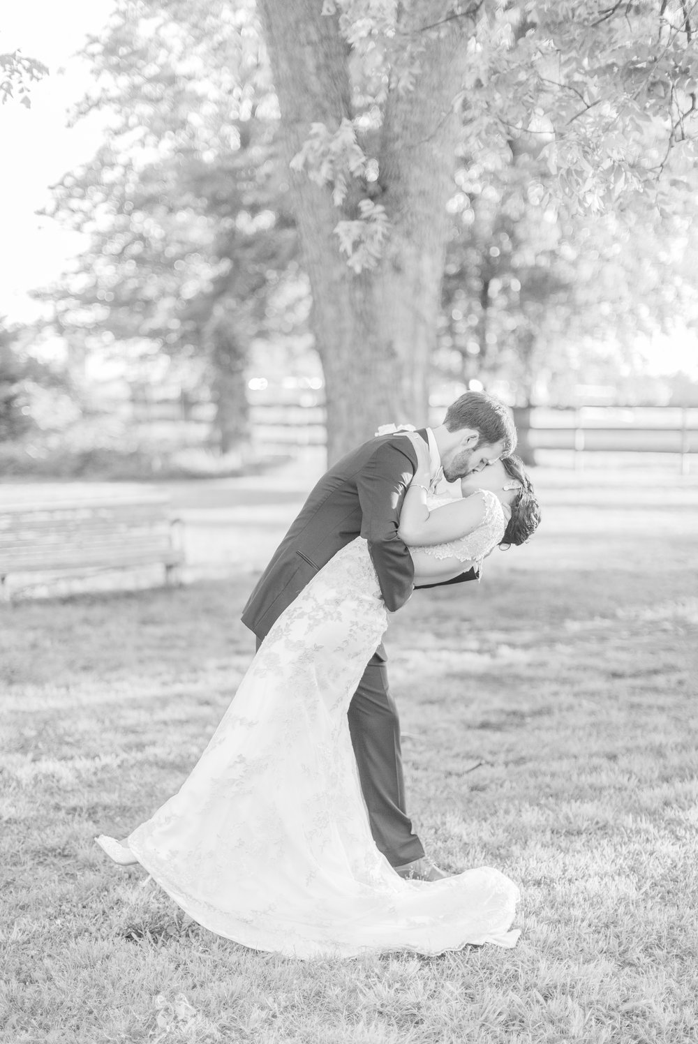 southern-barn-wedding 73.jpg