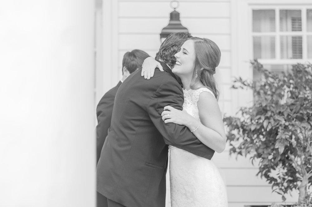 mississippi-wedding-at-the-cedars 15.jpg