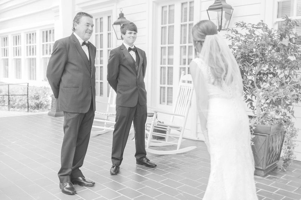 mississippi-wedding-at-the-cedars 14.jpg