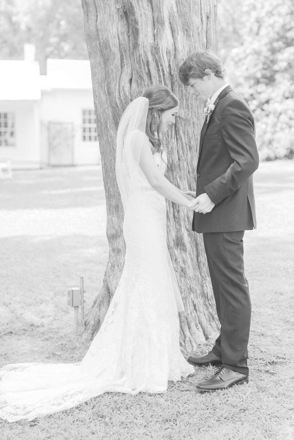 mississippi-wedding-at-the-cedars 22.jpg