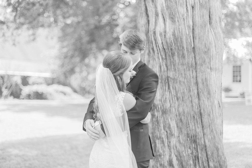 mississippi-wedding-at-the-cedars 25.jpg