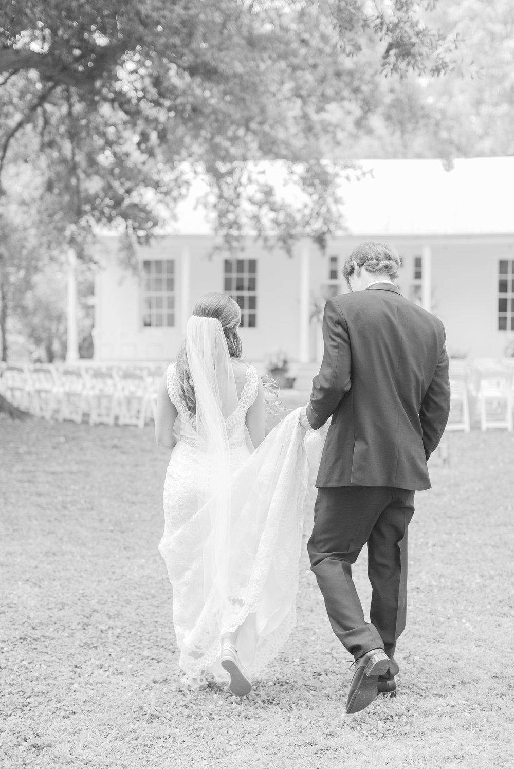 mississippi-wedding-at-the-cedars 35.jpg