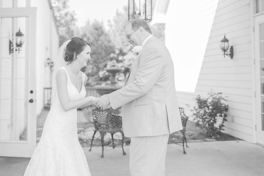 mississippi-fall-wedding-at-the-ivy 16.jpg