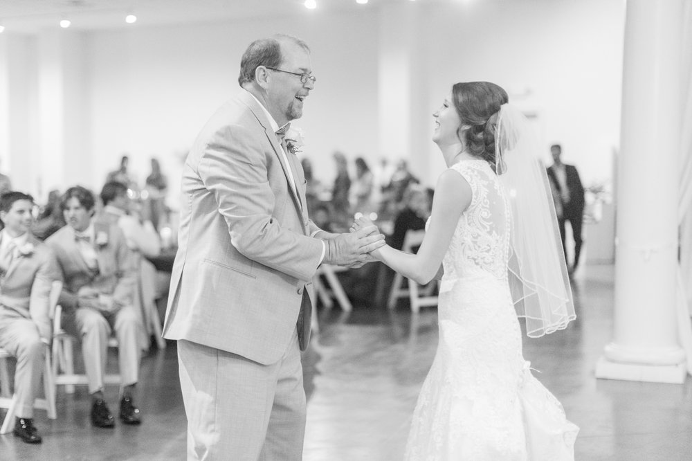 mississippi-fall-wedding-at-the-ivy 67.jpg