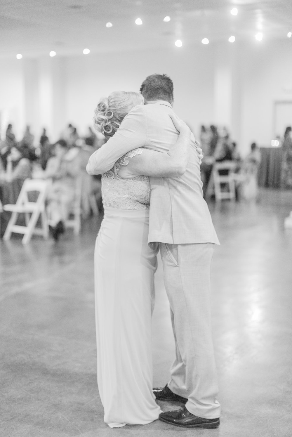 mississippi-fall-wedding-at-the-ivy 70.jpg