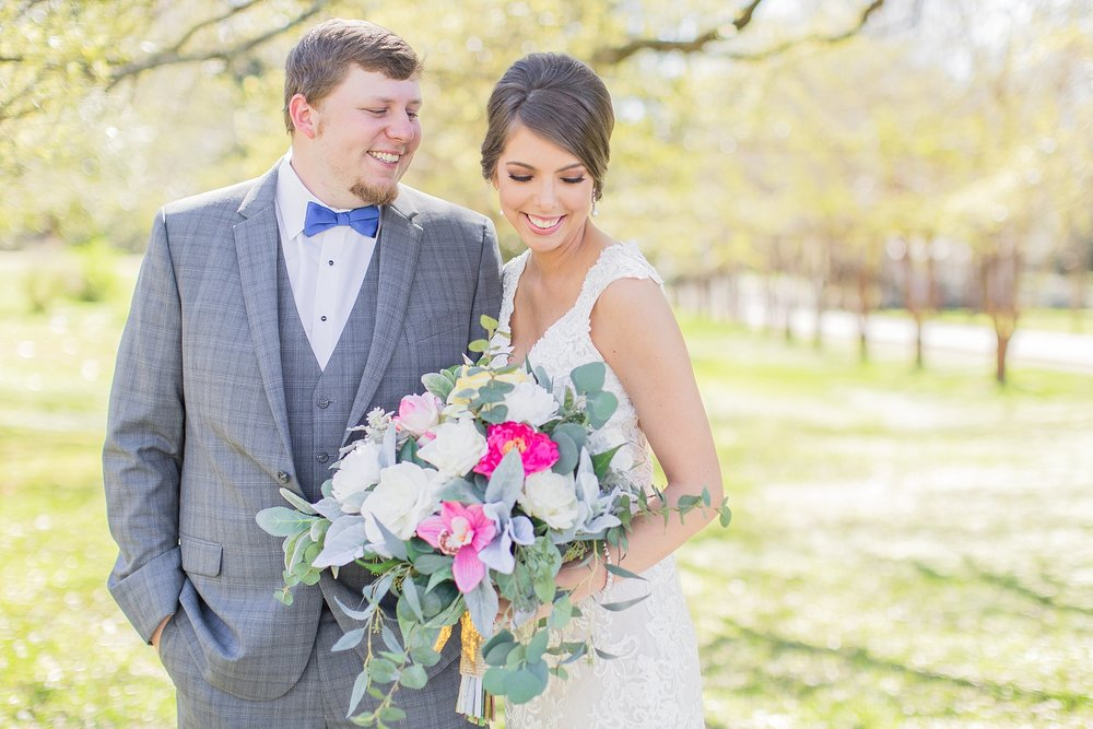natchez-mississippi-outdoor-spring-wedding_0020.jpg