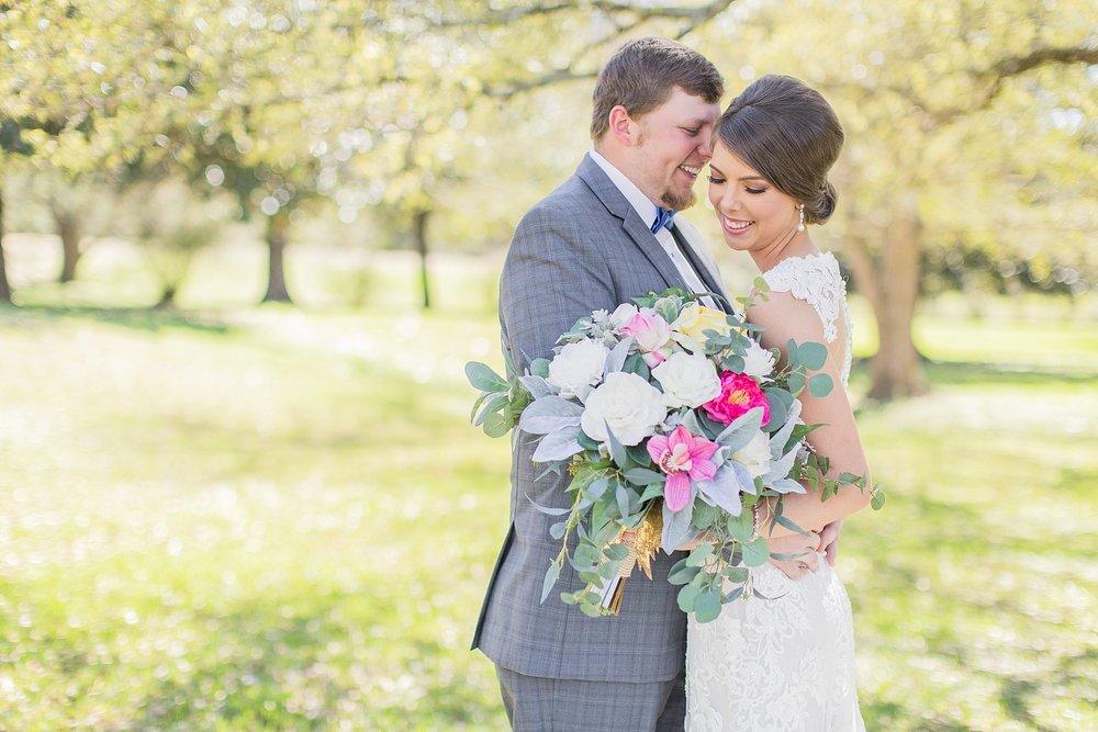 natchez-mississippi-outdoor-spring-wedding_0025.jpg