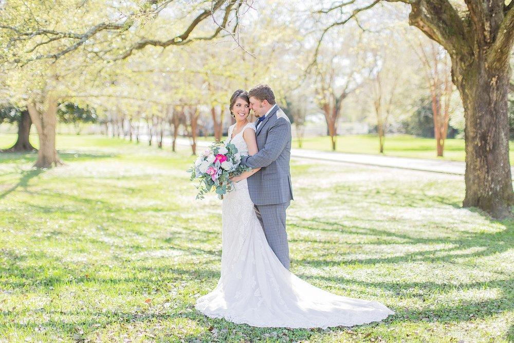 natchez-mississippi-outdoor-spring-wedding_0024.jpg