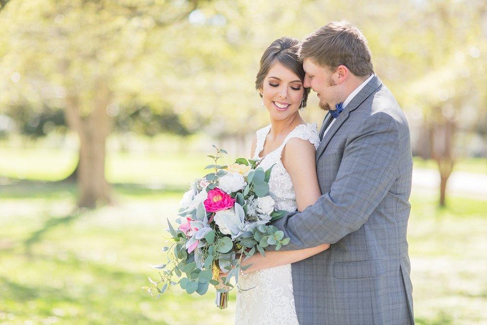natchez-mississippi-outdoor-spring-wedding_0027.jpg