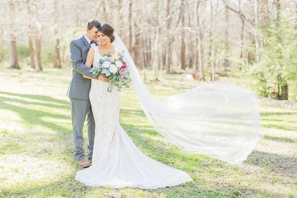 natchez-mississippi-outdoor-spring-wedding_0046.jpg
