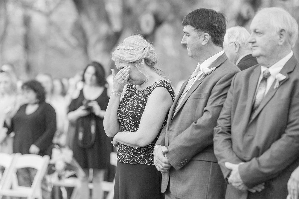 natchez-mississippi-outdoor-spring-wedding_0058.jpg