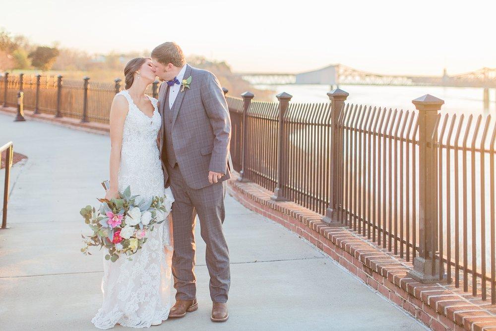 natchez-mississippi-outdoor-spring-wedding_0072.jpg