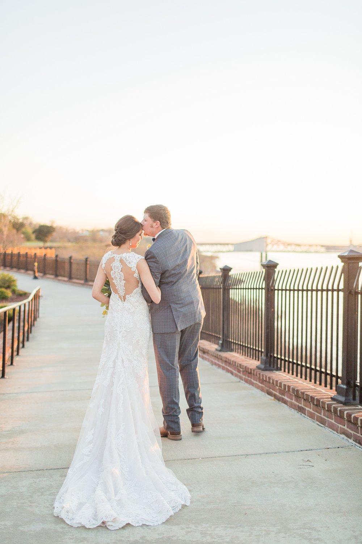 natchez-mississippi-outdoor-spring-wedding_0079.jpg