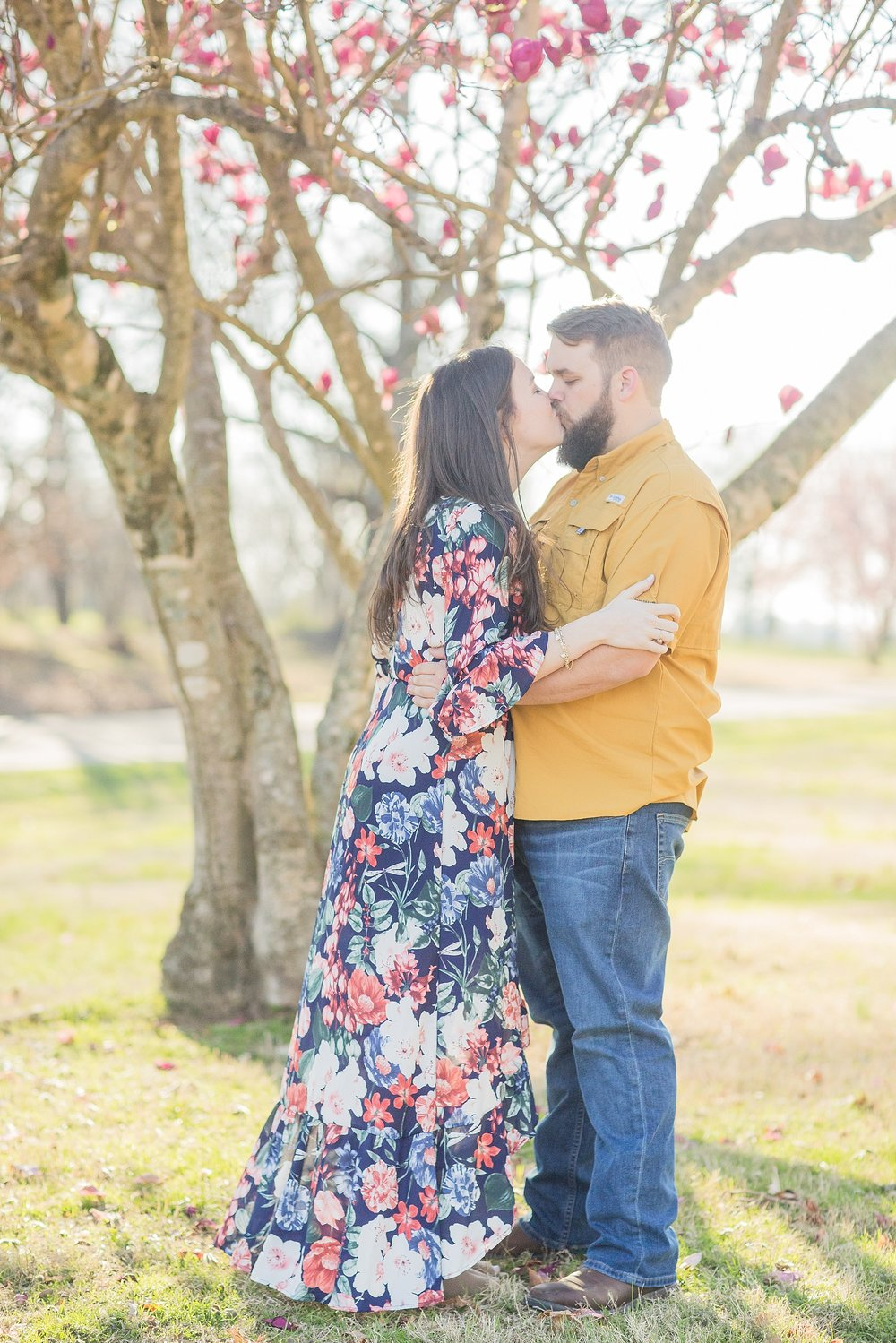 tennessee-spring-engagement-session_0013.jpg