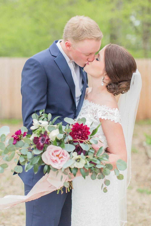 outdoor-mississippi-spring-wedding_0021.jpg