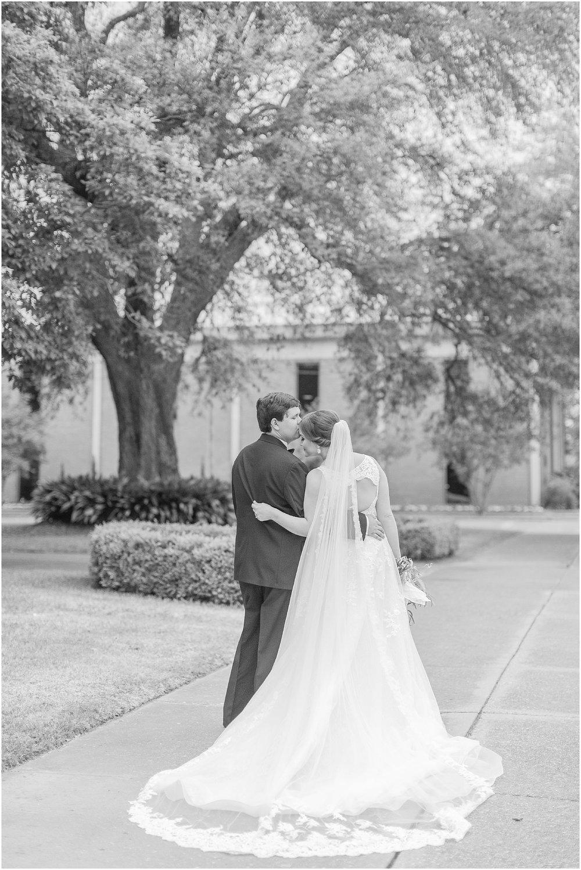 classic-delta-wedding-greenville-mississippi_0046.jpg