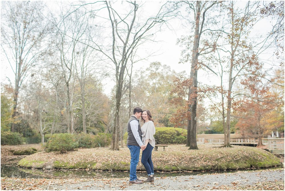 december-engagement-session-ridgeland-mississippi_0010.jpg