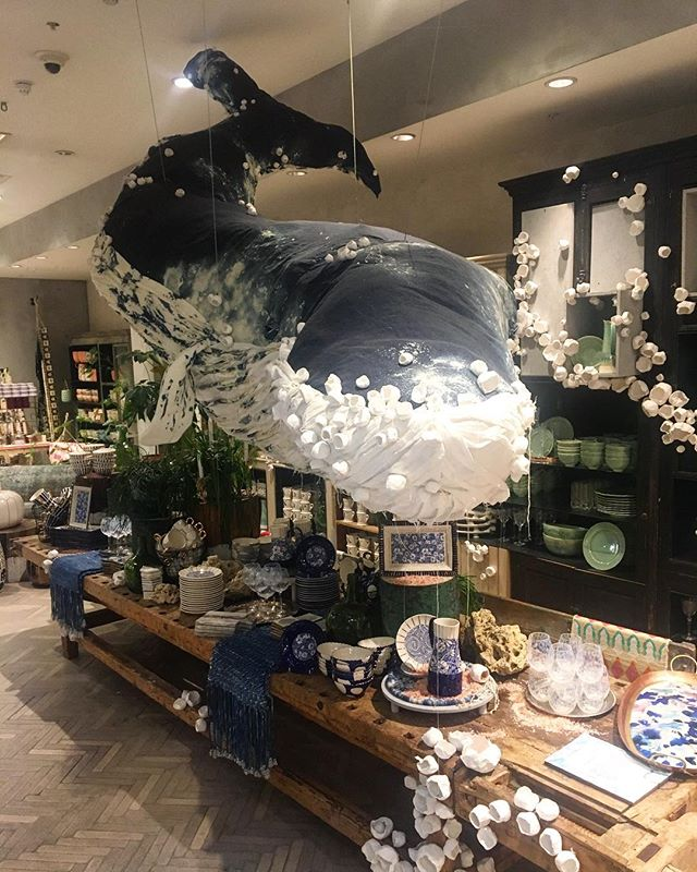 "The most amazing ""under the sea "" theme in Anthropologie at Regent Street👌What an inspiration! #anthropologie#regentstreet#london#inspiration#tabledisplay#decoration#instadecor#styling#retail#"