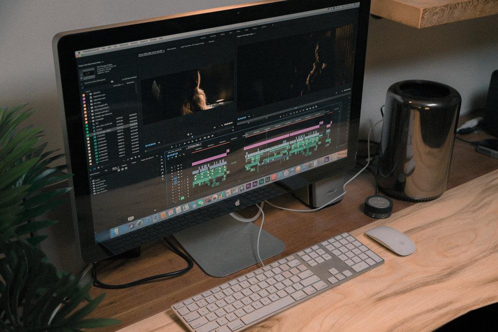 Le Montage - Utiliser Adobe Premiere Pro ou DaVinci Resolve (gratuit) pour assembler des vidéos.
