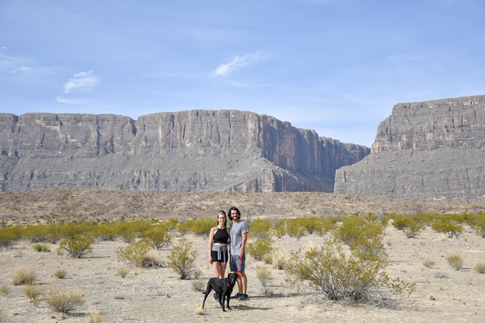 LUNA FAMILY READY TO HIKE SANTA ELENA CANYON