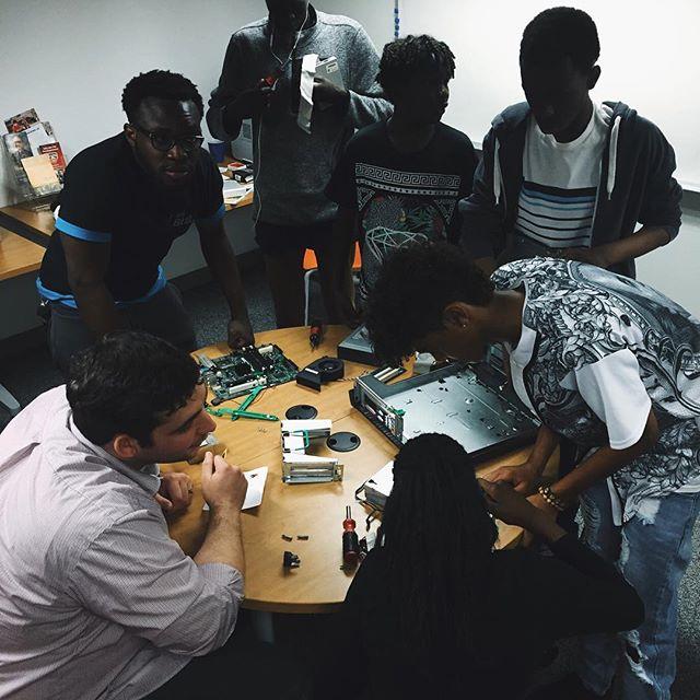 @refugeecoding  #code #refugee #utah #tech @beehivestartups