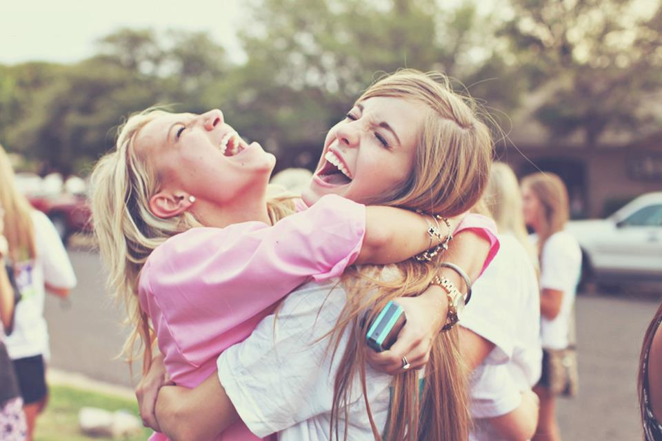 http://blog.lillybee.com/2015/12/top-10-tips-for-giving-sisterly-cheer-this-holiday/