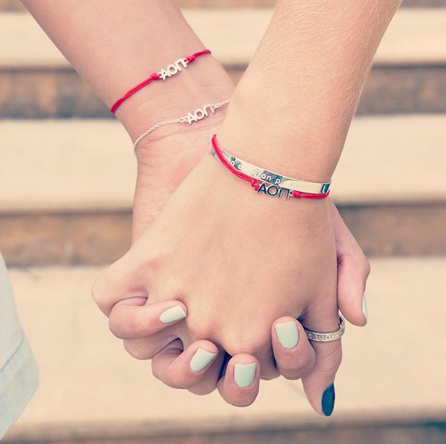 Our throwback wishlets pair perfectly with the new customizable engraved cuffs! 🤤#braceletenvy #navanewyork #loveyourletters  #alphaomicronpi #aoii #sororityjewelry #perfectlypaired #itssoshiny #wishlets #cuffs