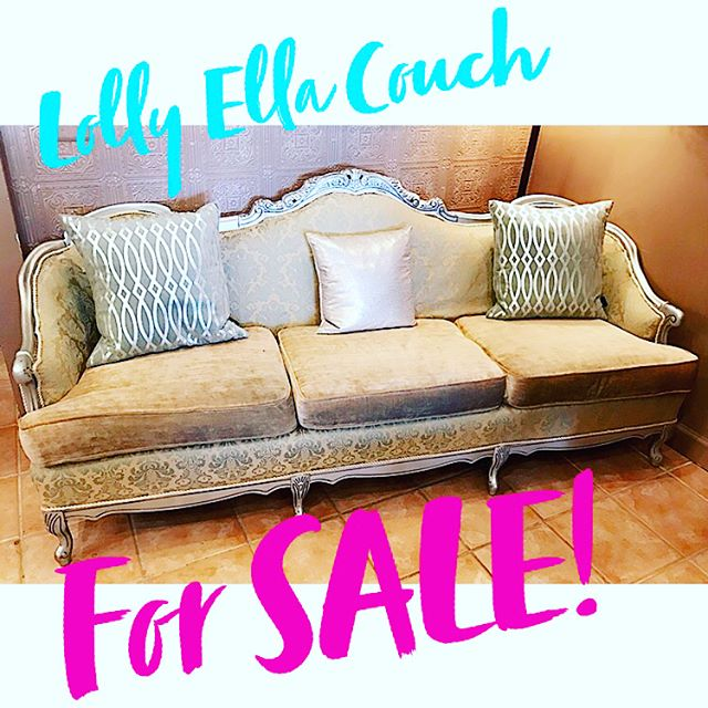 LAST CALL!! 🛍 STORE NOW 75% OFF... WE WILL BE OPEN FOR ONE MORE DAY ONLY... TODAY 12-5! PROPS, DISPLAYS, AND FURNITURE FOR SALE!!! #sale #smallbusiness #jewlery #lolly_ella