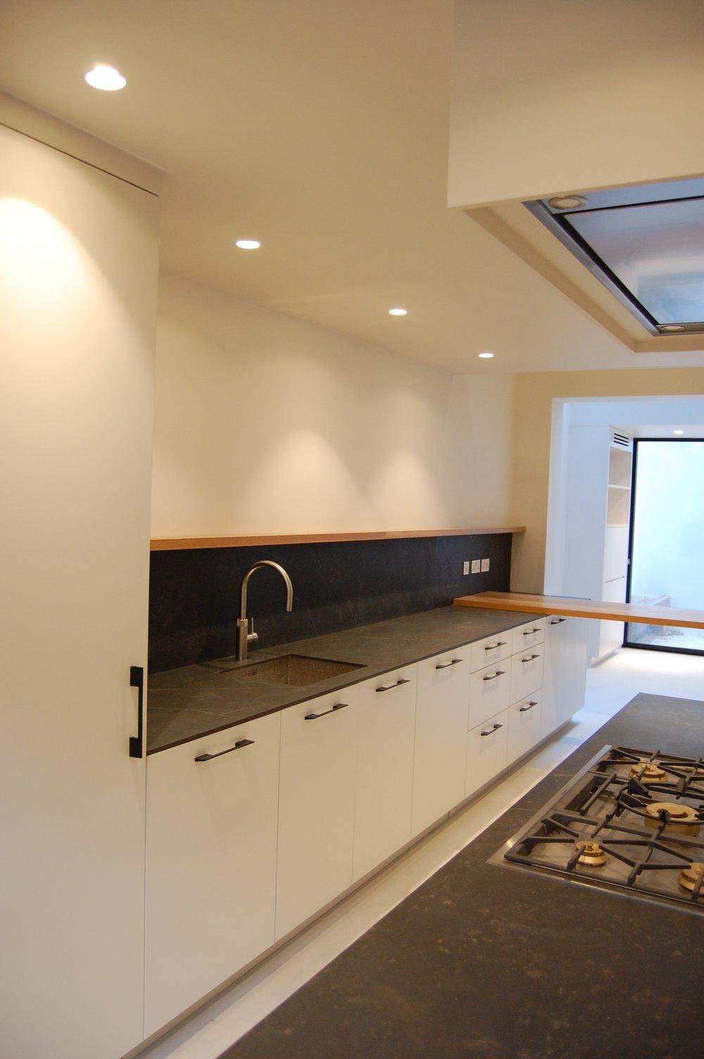 Grain_Bespoke_Furniture_Chelsea_Kitchen_5.jpg