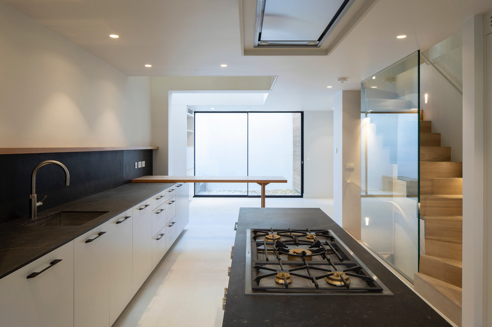 Grain_Bespoke_Furniture_Chelsea_Kitchen_1_b.jpeg