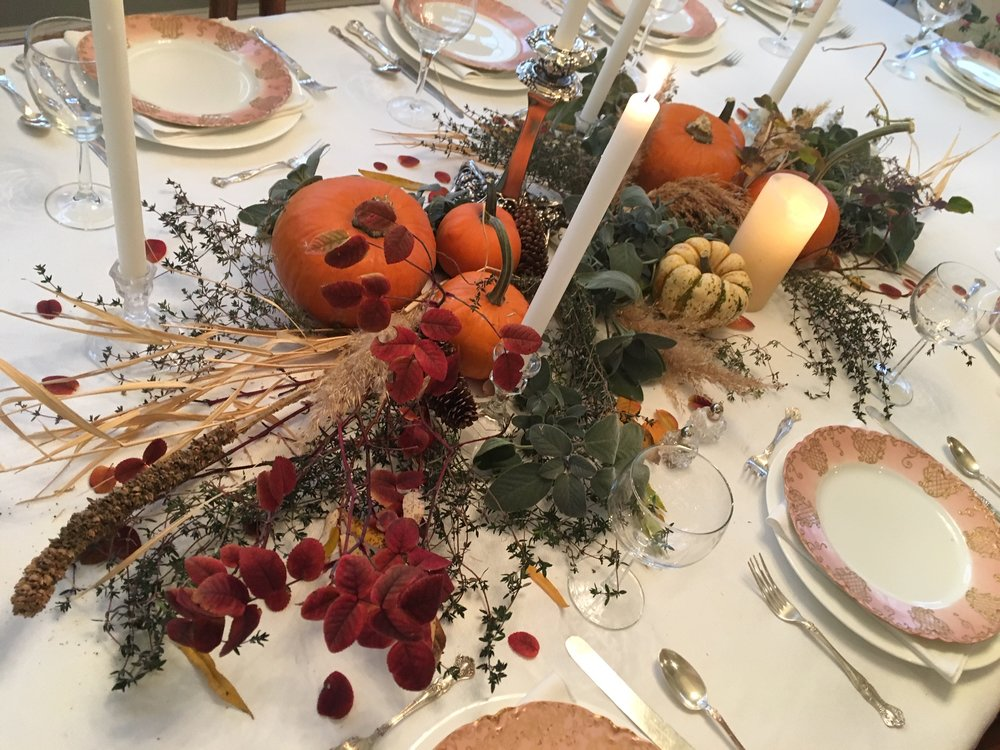 Thanksgiving Tablescape.JPG